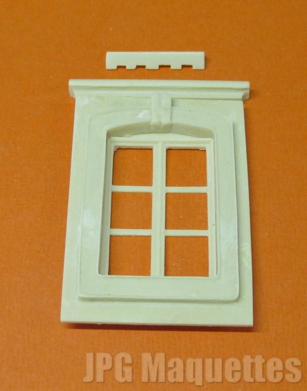 Fen tre 6 carreaux a01443 chambranle corniche store for Fenetre 6 carreaux