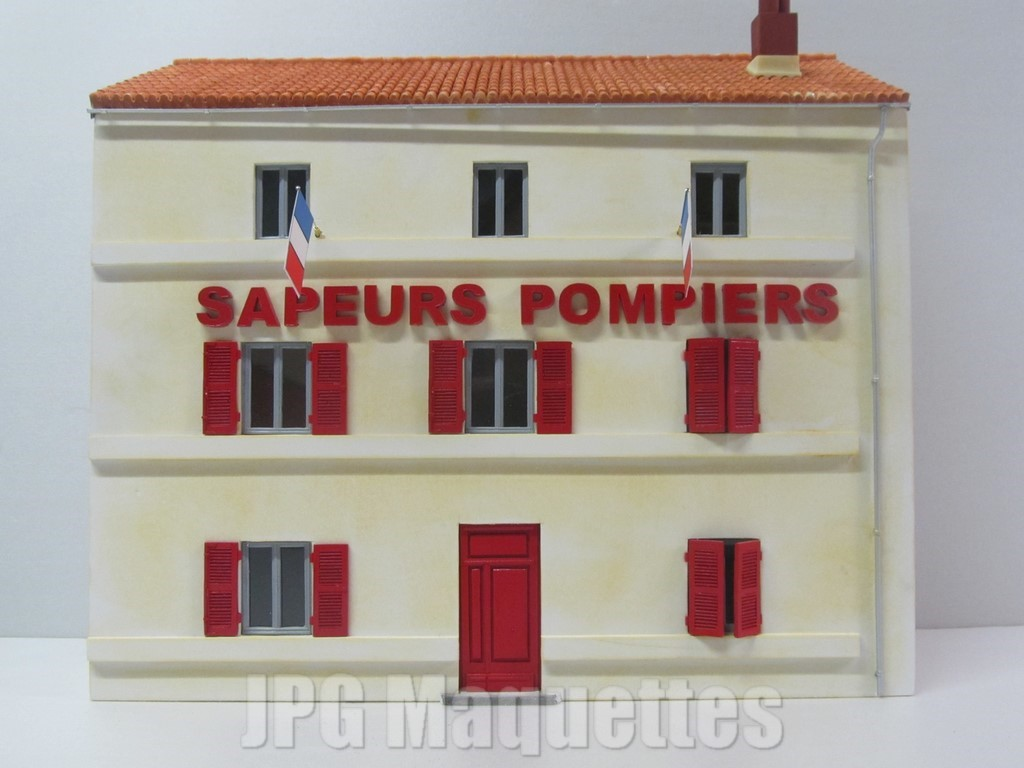 Fa ade caserne de sapeurs pmopiers au 1 43 m451011 for Model decoration maison